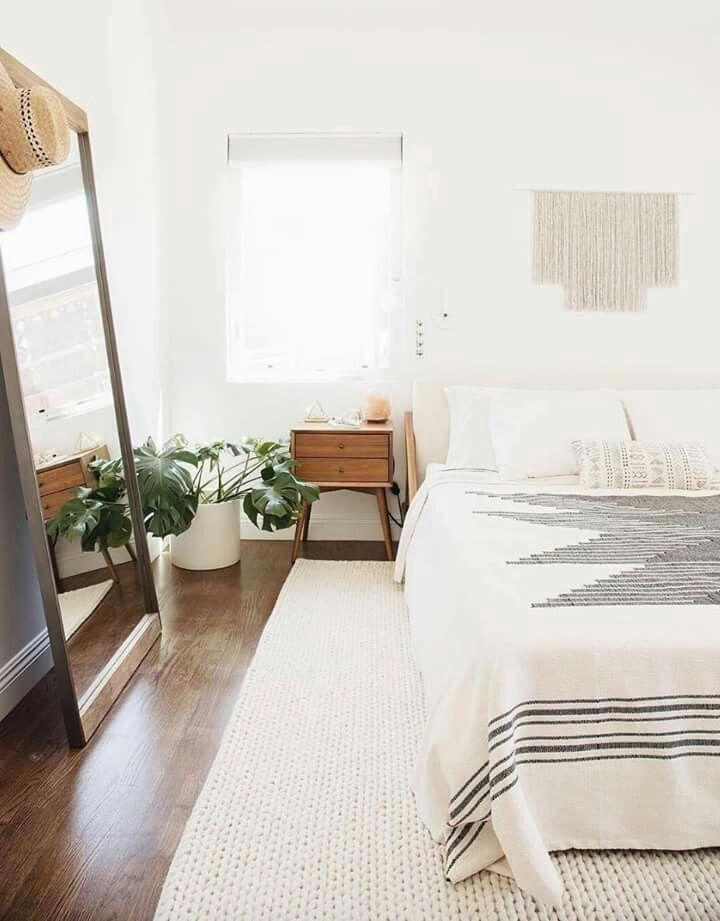 Pin By Ciarra On D E C O R Minimalist Bedroom Design Minimalist Bedroom Cheap Home Decor
