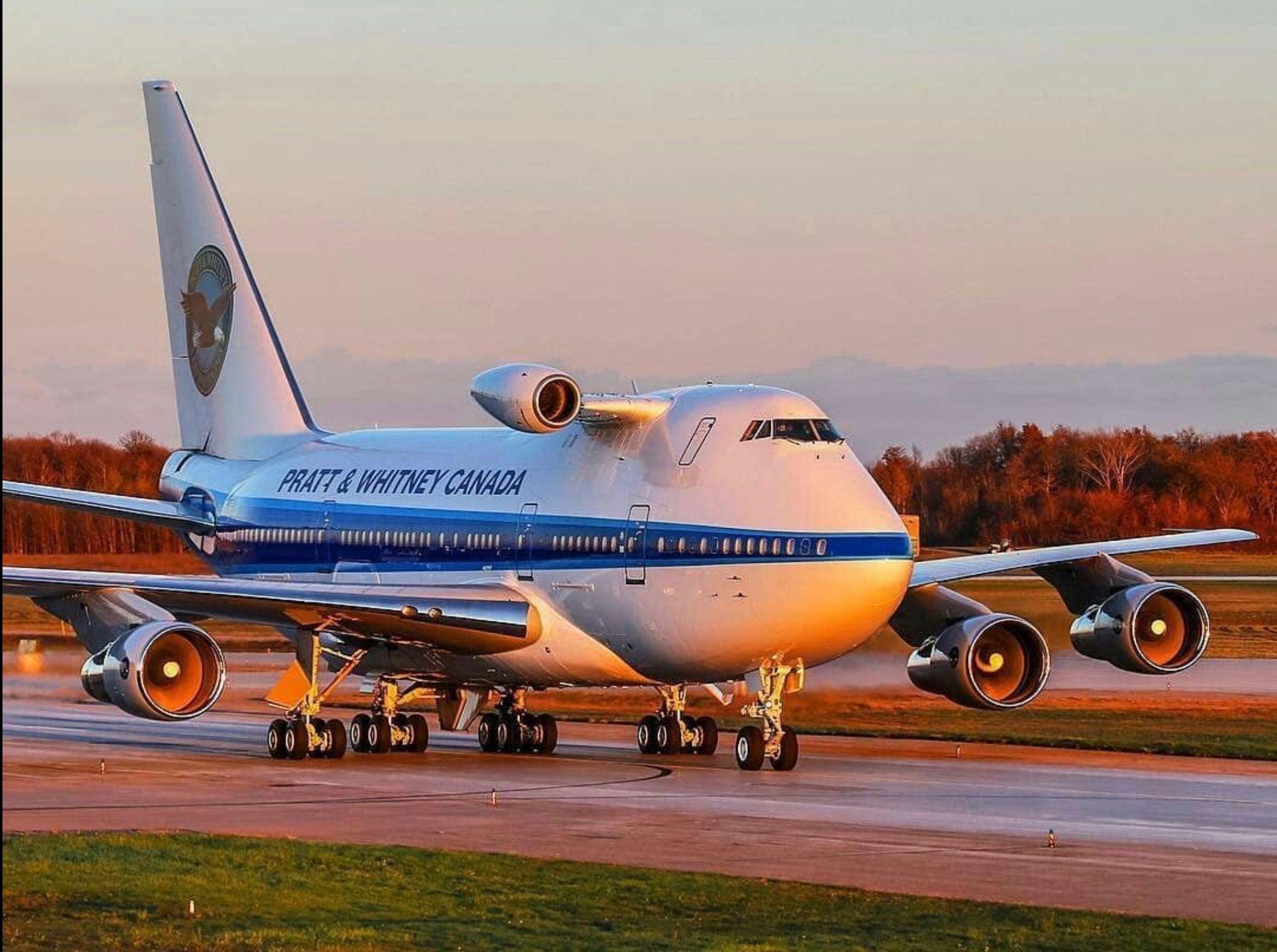 Фото самолета гражданского
