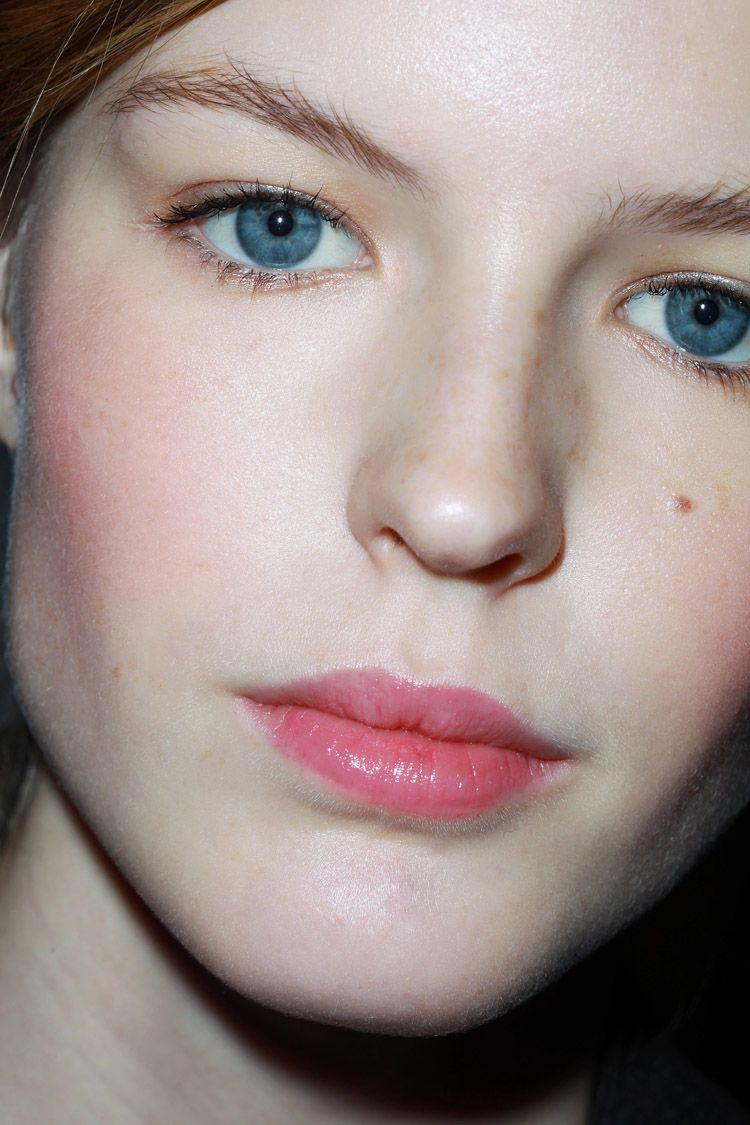 Beauty spring trend rosy cheeks best photo
