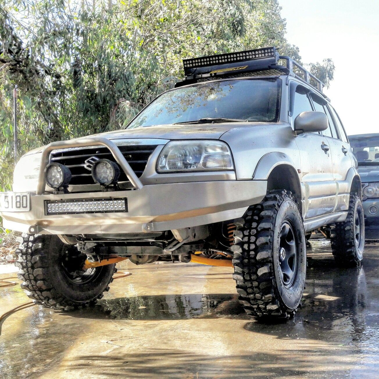 suzuki grand vitara off road 4x4 suzuki grand vitara pinterest grand vitara 4x4 and front. Black Bedroom Furniture Sets. Home Design Ideas