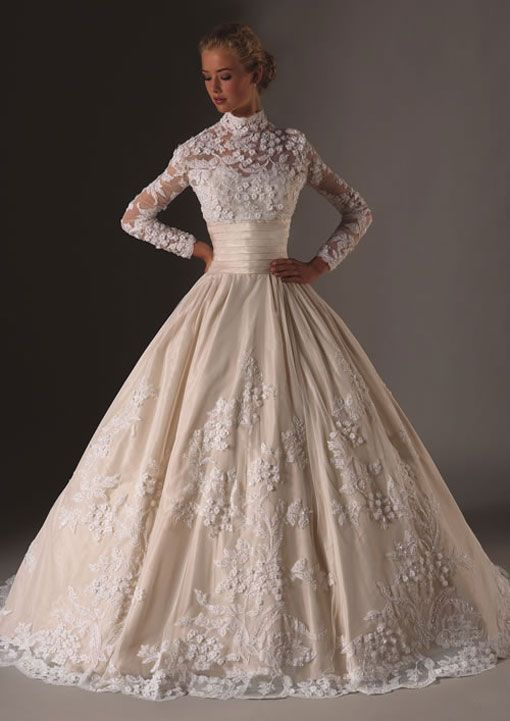 Perfect Couture old school Reminds me of Grace Kelly Sleeve Wedding DressesWedding