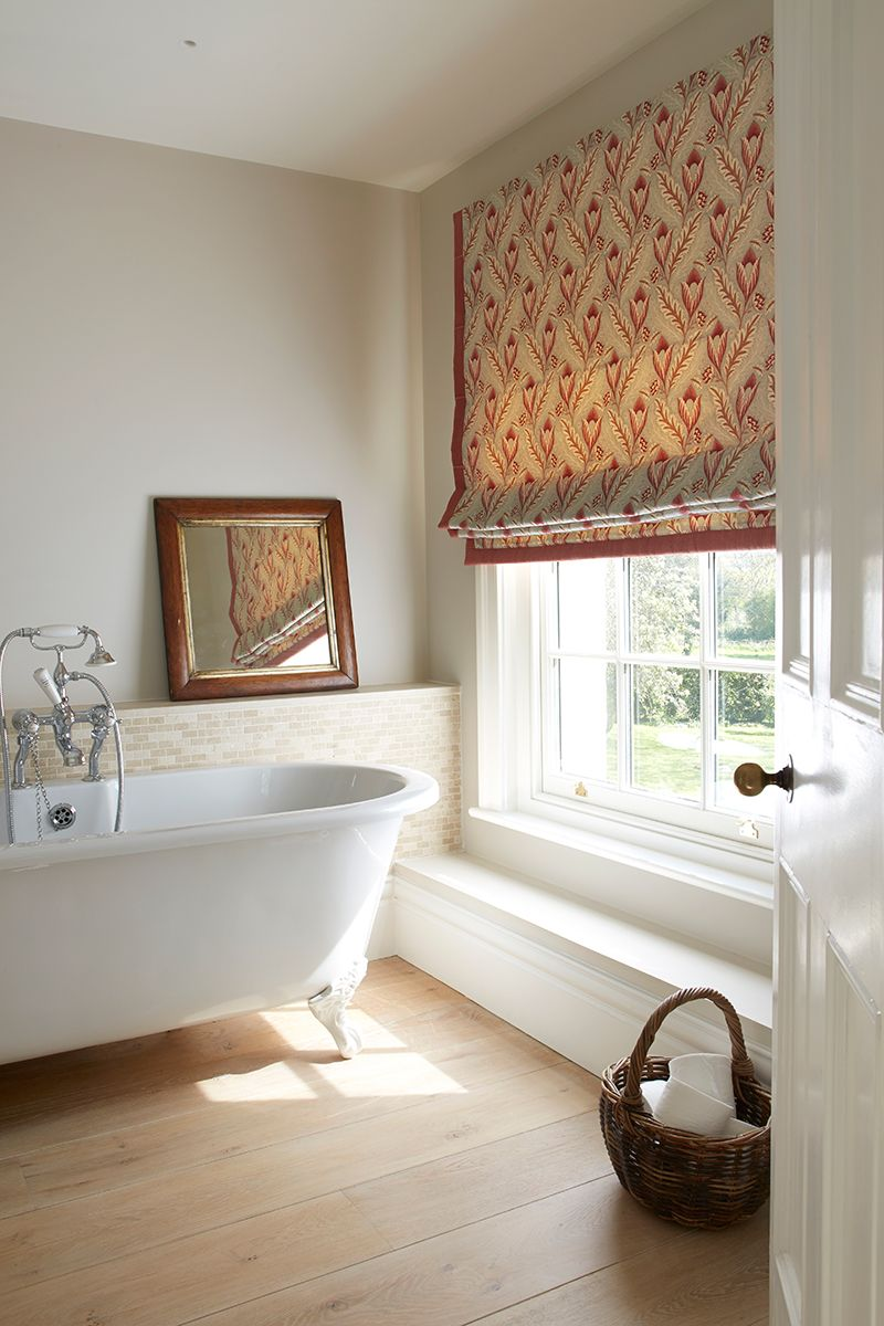 Luxe Roman Shades Selectblinds Com Small Bathroom Window Bathroom Window Treatments Bathroom Windows [ 900 x 900 Pixel ]