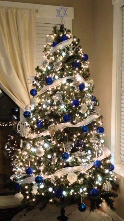Hanukkah Tree! | Holidays | Pinterest | Hanukkah, Hanukkah tree ...