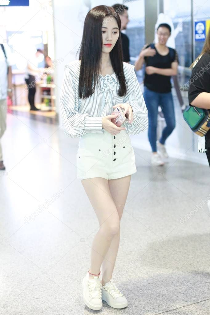 Ju Jingyi Sightings In Beijing Photos and Premium High Res Pictures - Getty Images