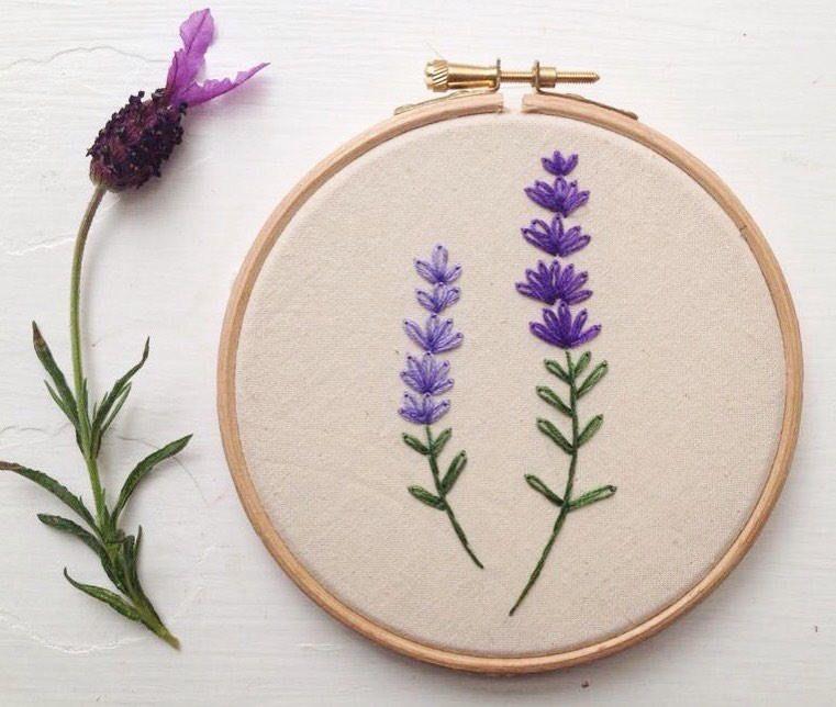 Lavender embroidery hoop art | mantas | Pinterest | Bordado ...