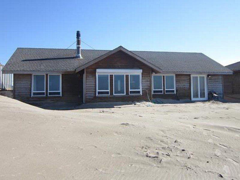 Casa de la playa view from the shoreline vacation home