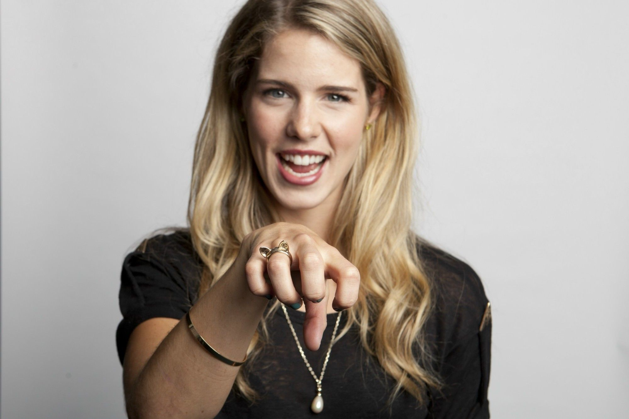 emily bett rickards wallpapers find best latest emily. Black Bedroom Furniture Sets. Home Design Ideas