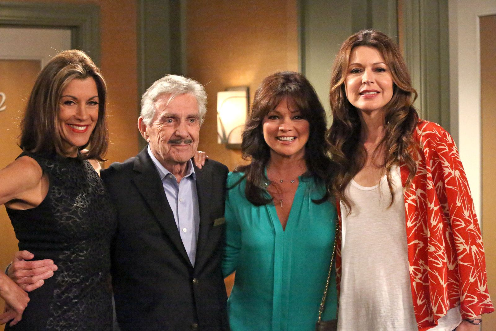 Pat Harrington Guest Stars Hot In Cleveland Gilfs Episode Family Tv Valerie Bertinelli Tv Shows