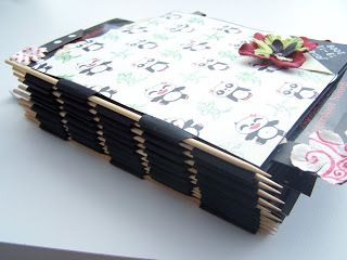 mini album with skewer binding photo tutorial at Scrapsels van Scrapsylz en andere zaken: