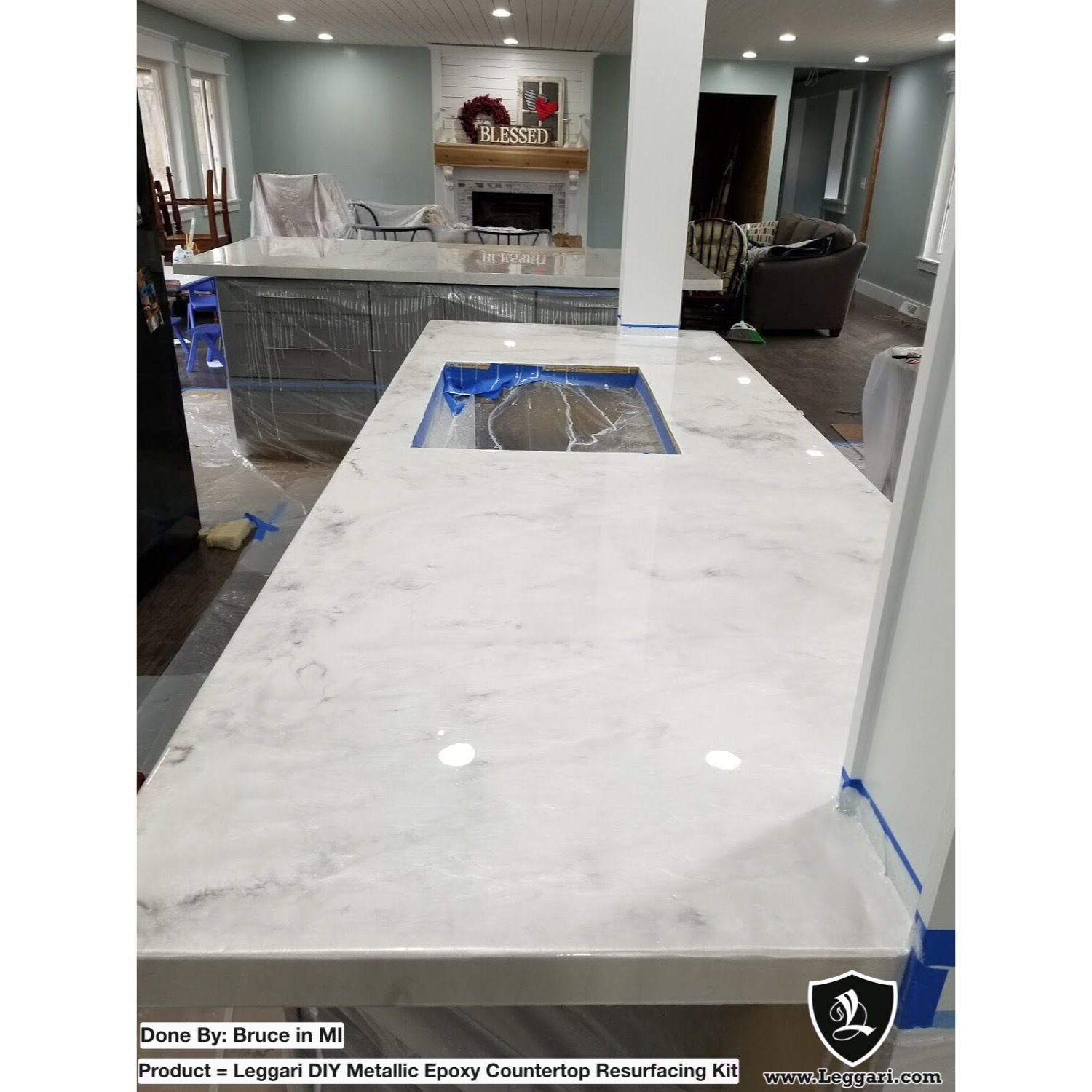 Kitchen Remodel Epoxy Countertop This Home Is Stunning Leggari Customer Bruce Built His Counter Kitchen Remodel Countertops Diy Countertops Countertop Kit