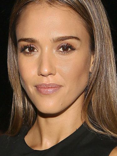 8 Eyebrows With Little To No Arch Jessica Alba S Straight
