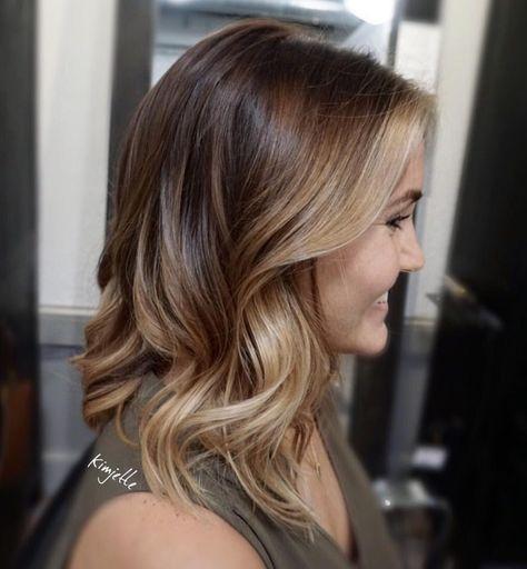 Honey blonde color melt #hairbykimjette #colormelt #ombre @kimjettehair (at Stella Luca Salons - Winter Park's Balayage & Hair Extensions Salon)