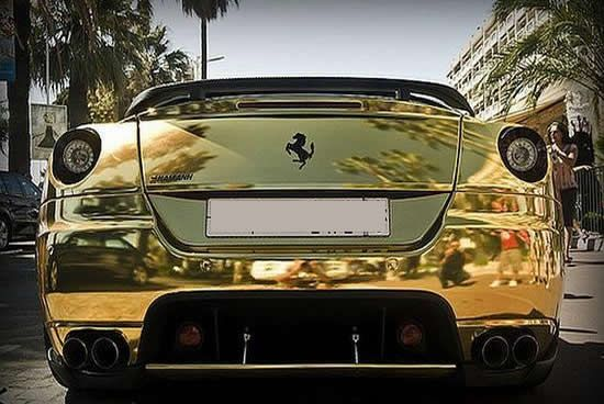 An Alternative To The Chrome Mirror Paint Job You Can Do Your Car Is Gold Metal