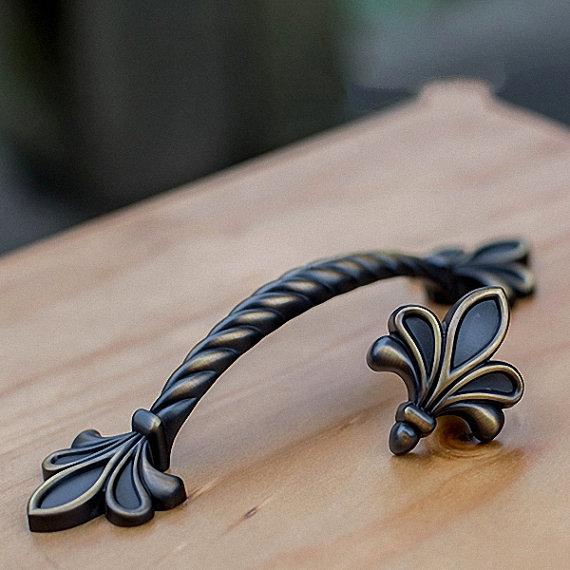 Black Vintage Brass Dresser Drawer Pulls Handles Knobs Fleur De Lis