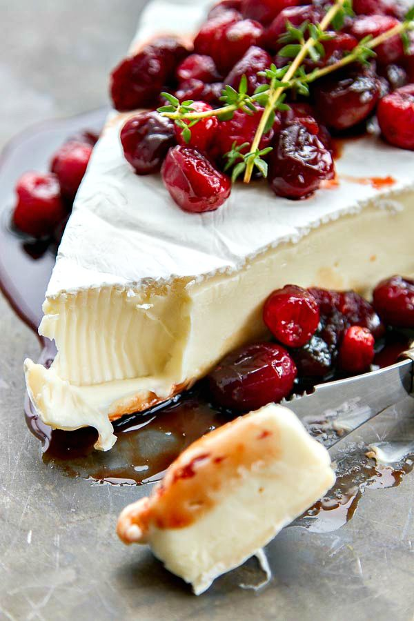 Baked Brie With Roasted Balsamic Cranberries