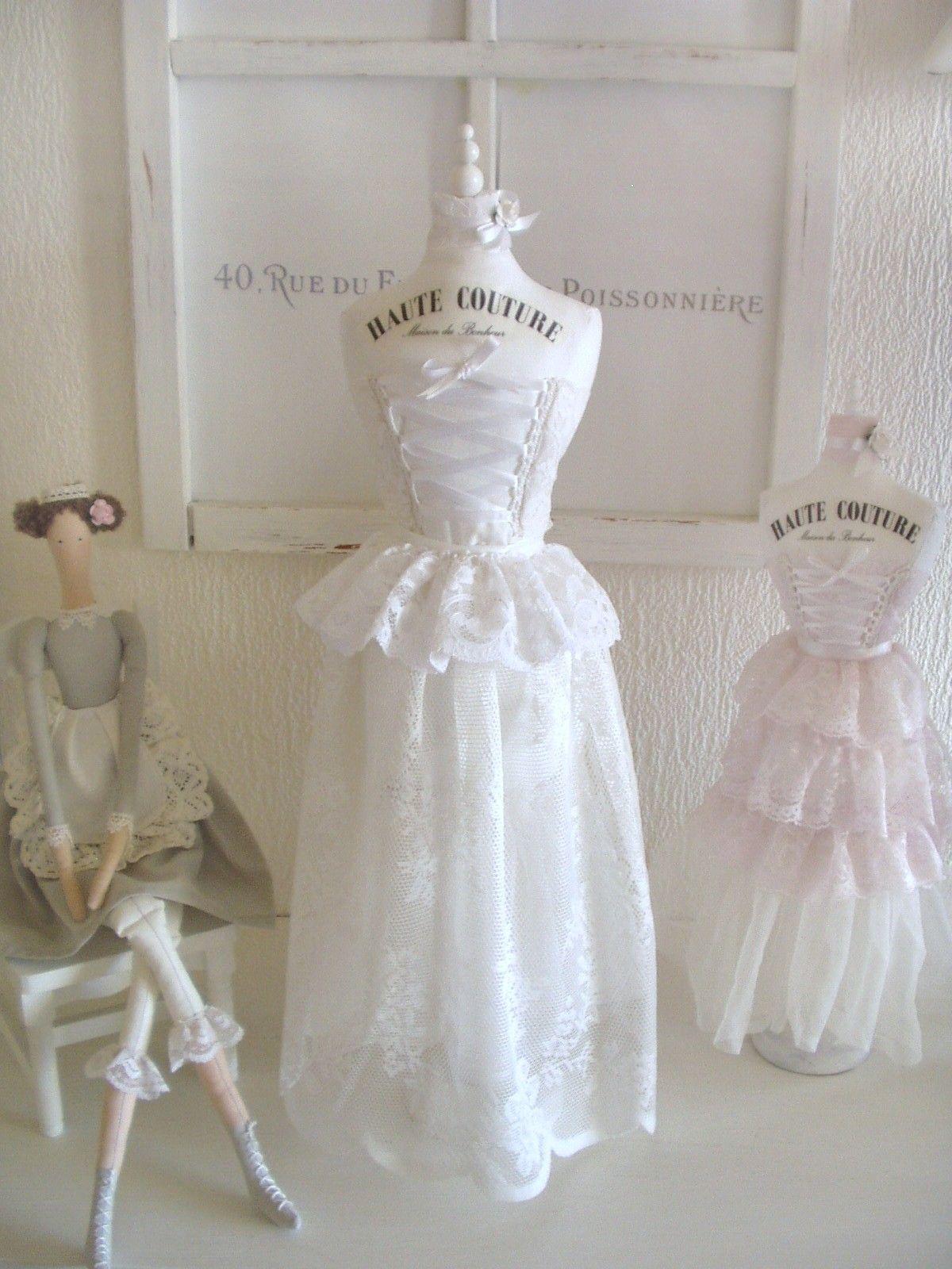 Fein Draht Kleid Form Schaufensterpuppe Bilder - Die Besten ...