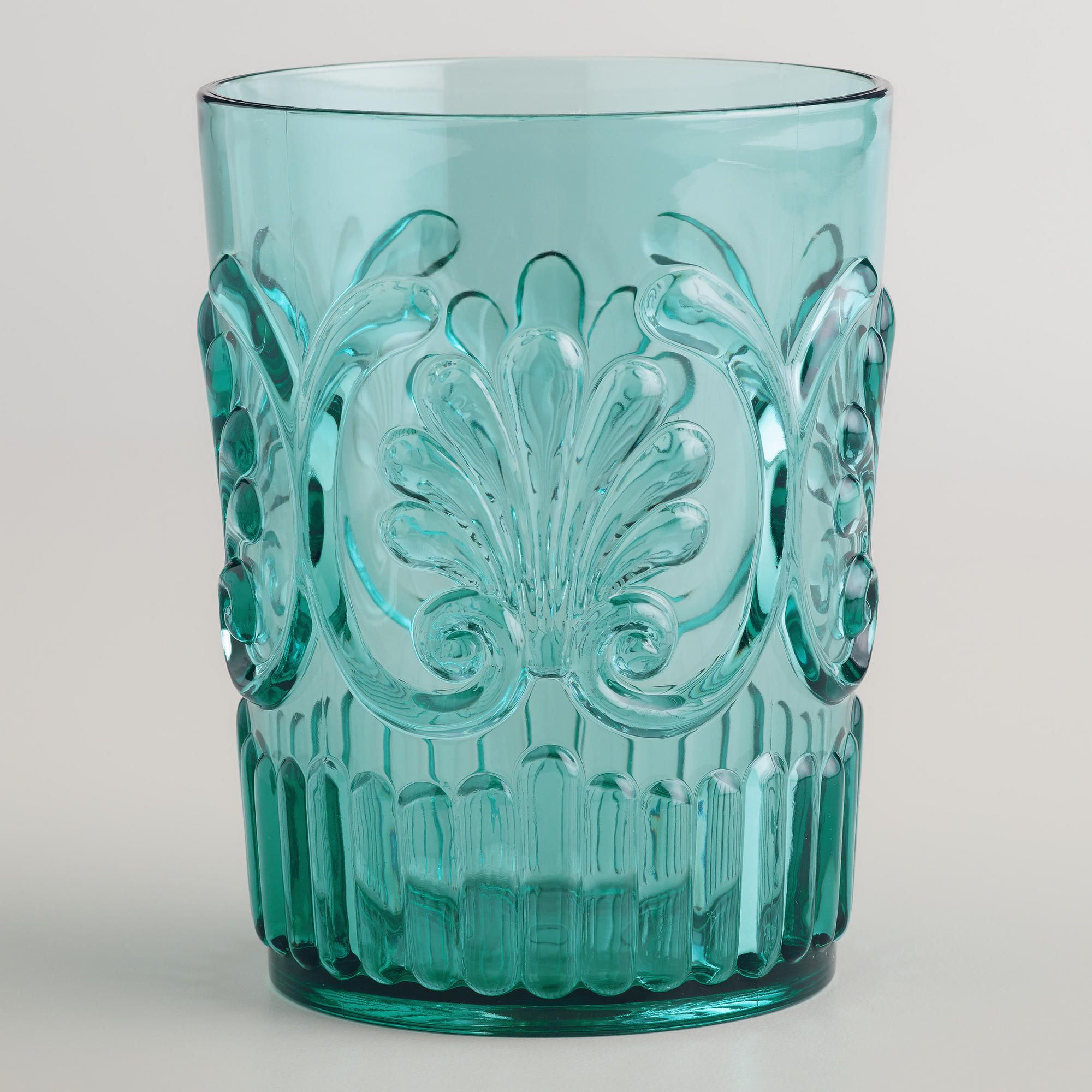 Marvelous Acrylic Glassware ( That Isnu0027t Tacky ) For Patio Dinning.