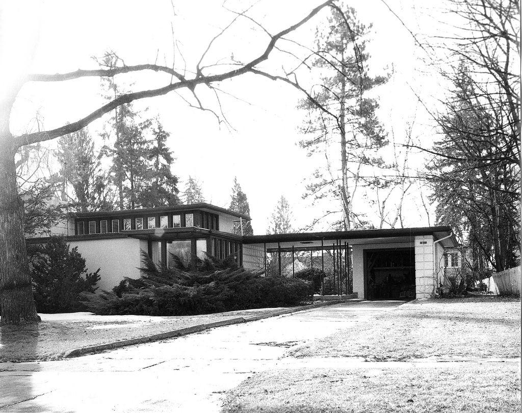 Sheldon & Mary H. Heath House (1934) Alden B. Dow | Frank lloyd ...