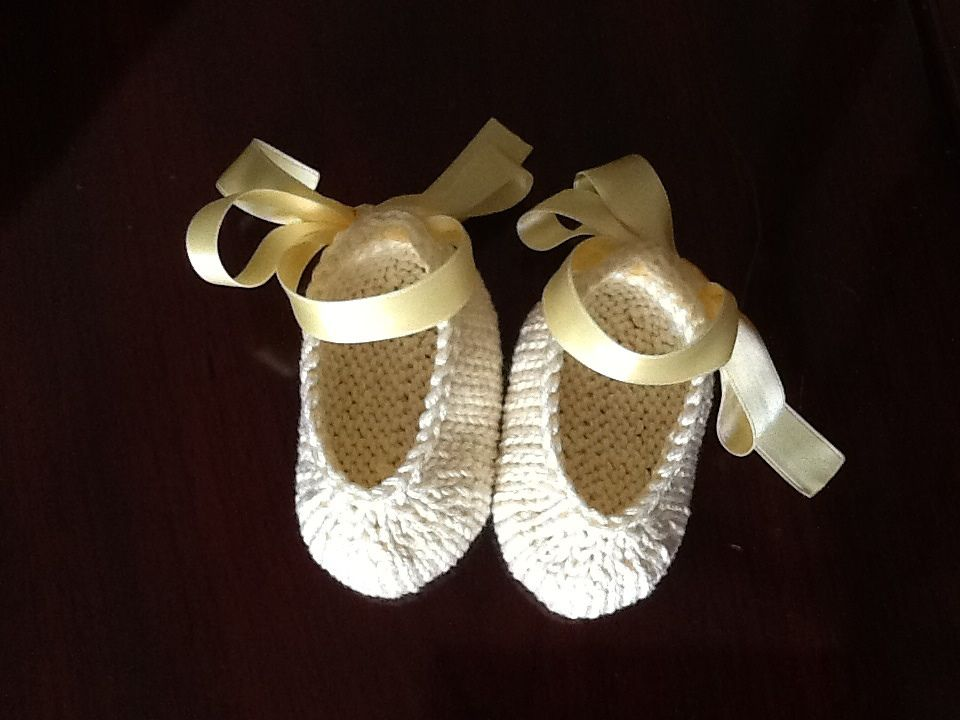 Ravelry: Baby Ballet Booties by Adeline Too | Sapatinhos de tricô ...