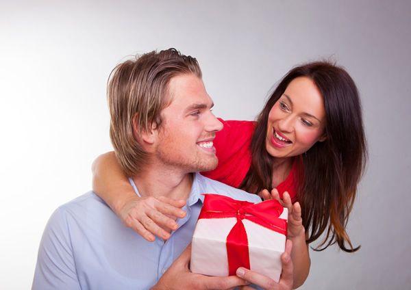 ¿Qué le regalo a mi novio para San Valentín?  http://www.infotopo.com/eventos/enamorados/que-le-regalo-mi-novio-para-san-valentin