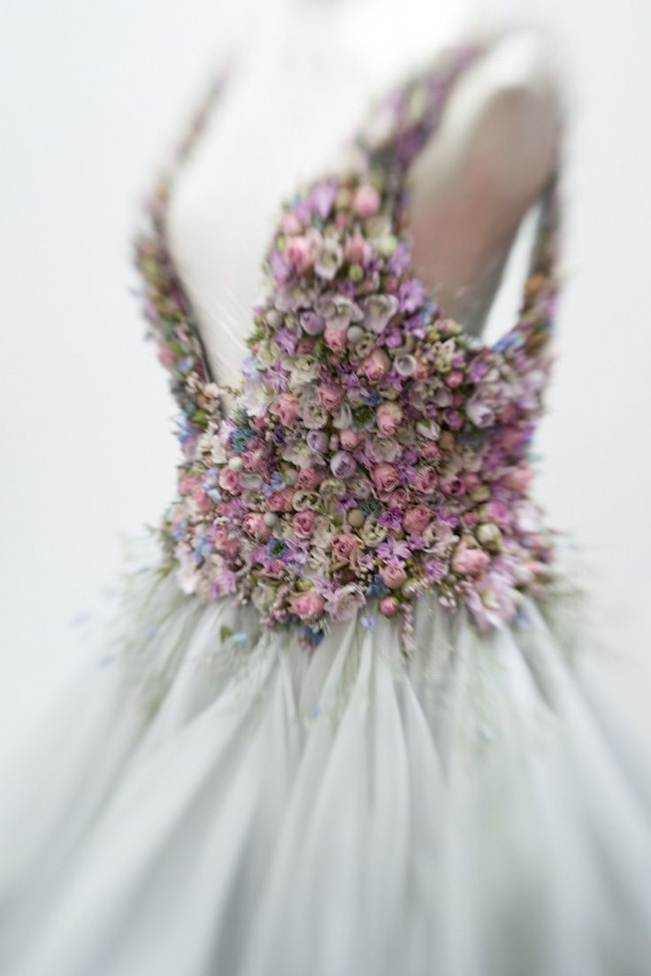 Sleeping Beauty: Zita Elze Floral Artist At Brides The Show | Love My Dress® UK Wedding Blog