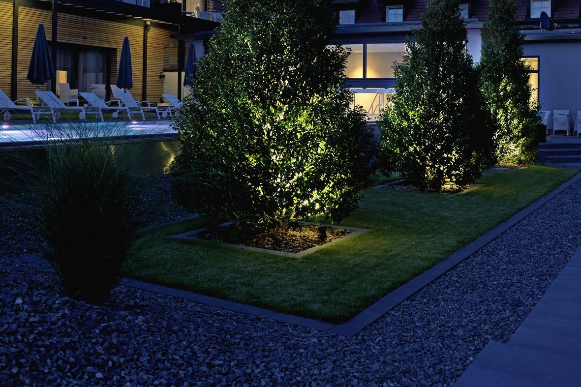 Spotlights Strahler Floodlights With Earth Spike Projecteur Sur Piquet Scheinwerfer Mit Erdspiess Exterior Planter Garden Lighting Outdoor Lighting