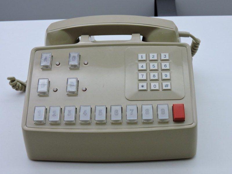 Museo Telecomunicaciones - Centralita Satay para pequeñas oficinas. Las…