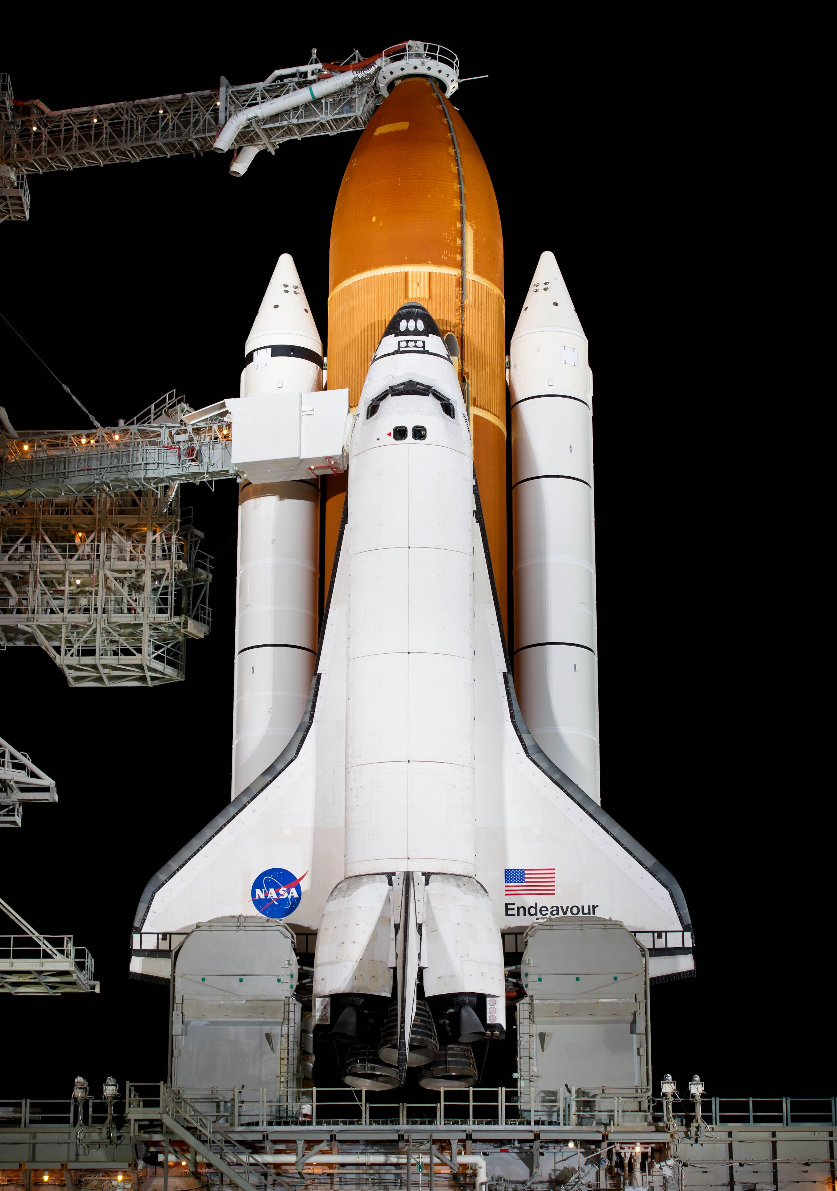 "NASA Space Shuttle ""Endeavour"" Spazio"