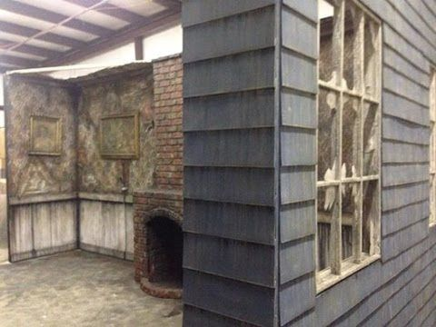 How to detail or distress your wall for your haunted house or - halloween garage ideas