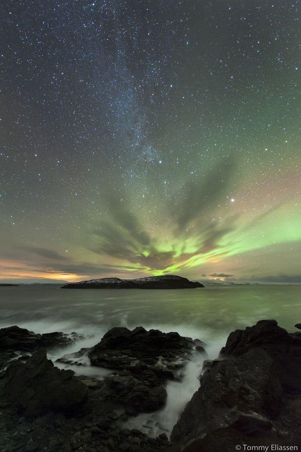 Laksefjord by Tommy Eliassen