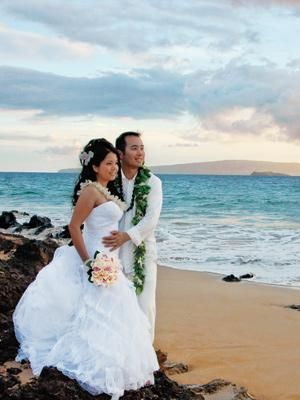 Real Wedding: Jammie and Rick - Maui, Hawaii