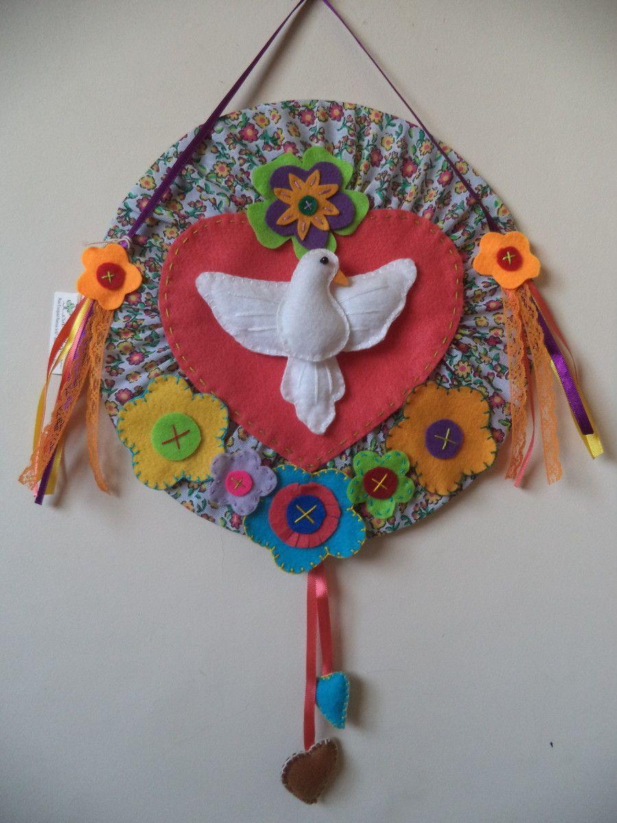 Artesanato Indiano ~ Divino Espírito Santo em tecido de chita e feltro com 25cm de di u00e2metro patchwork Pinterest
