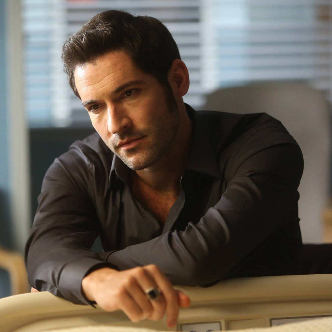 Lucifer To Air 2 Bonus Episodes, One With Guest Neil