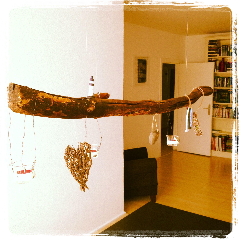 DIY Ein Ast über dem Esstisch mit Angelschnur an der Decke