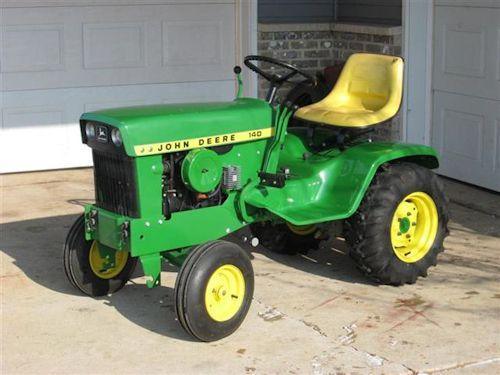 Tractor · JD 140 06 · John DeereTractorLawnInternational Harvester
