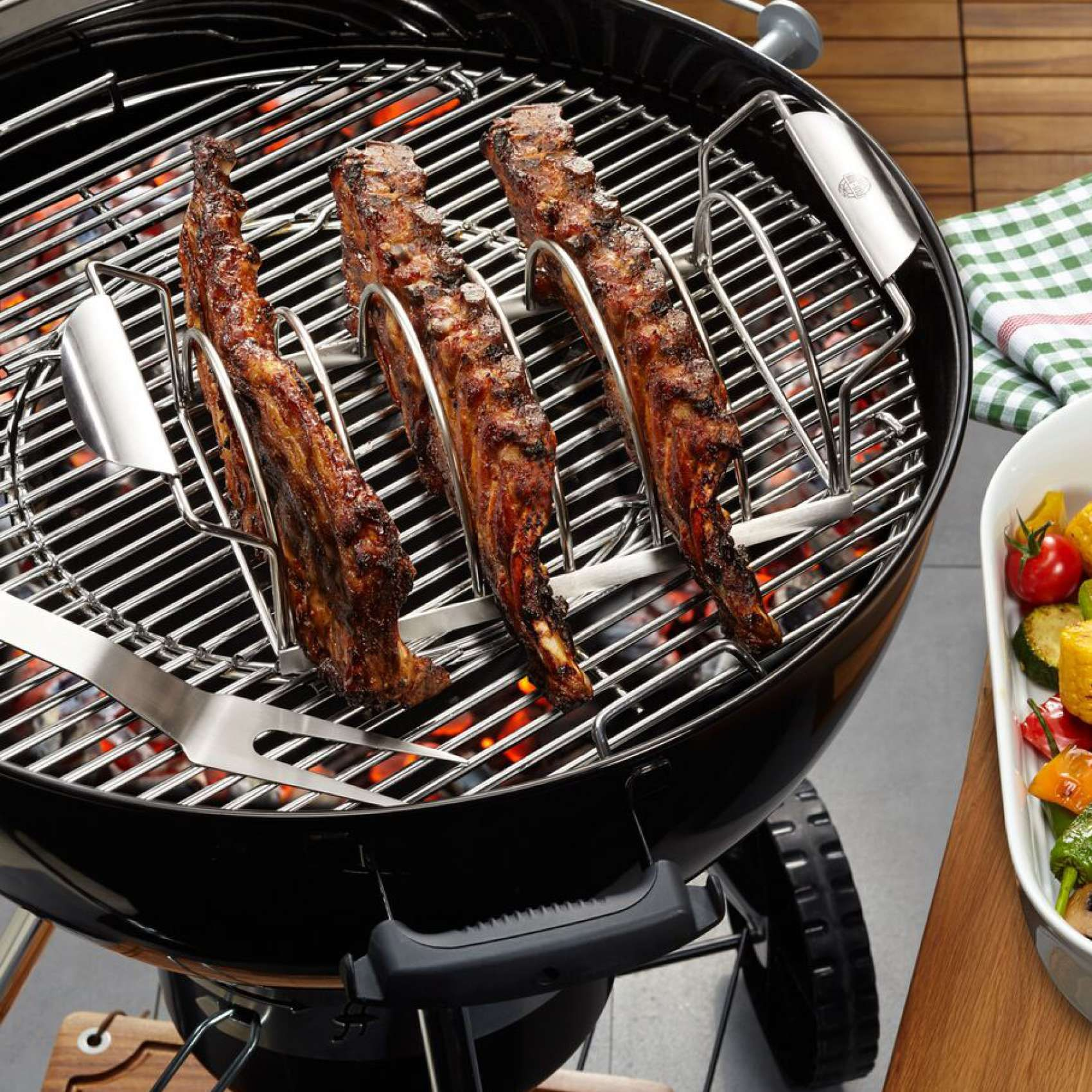 Gefu Spare Rib Rack Sur La Table In 2020 Cleaning Bbq Grill