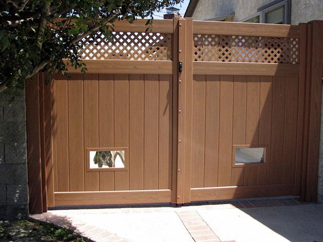 Dog Fencing Ideas Dog Doors Windows Vinyl Concepts In 2020 Dog Window In Fence Pet Gate Dog Window