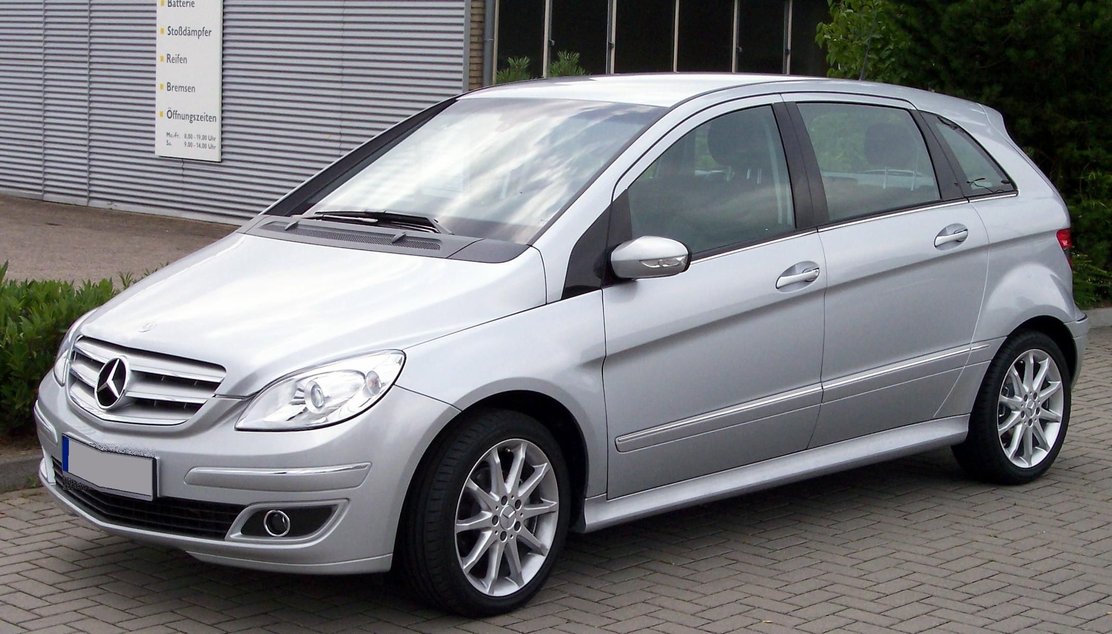 Don T You Fall In Love With A Pic Mercedes Benz Mercedes B Class Mercedes Benz B200 Mercedes