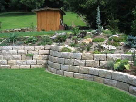 feuchter natursteine - hangbefestigung | hangmauern | pinterest, Gartenarbeit ideen