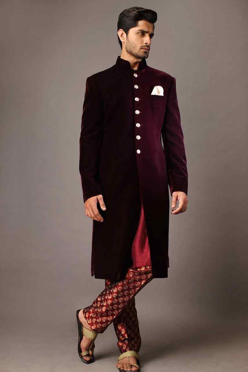 Pakistani Groom Wedding Sherwani Designs 2017 For Mehndi
