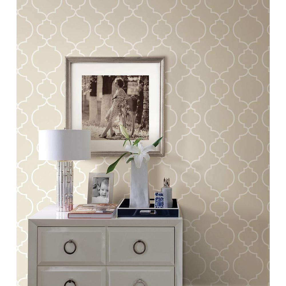 Desiree Taupe (Brown) Quatrefoil Wallpaper Sample