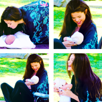 selena gomez with her little sister