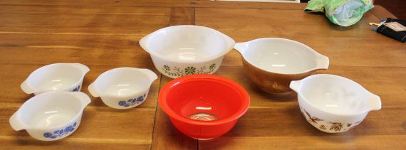 Vintage Pyrex bright RED Mixing Bowl Clear Bottom #Pyrex | Lovely ...