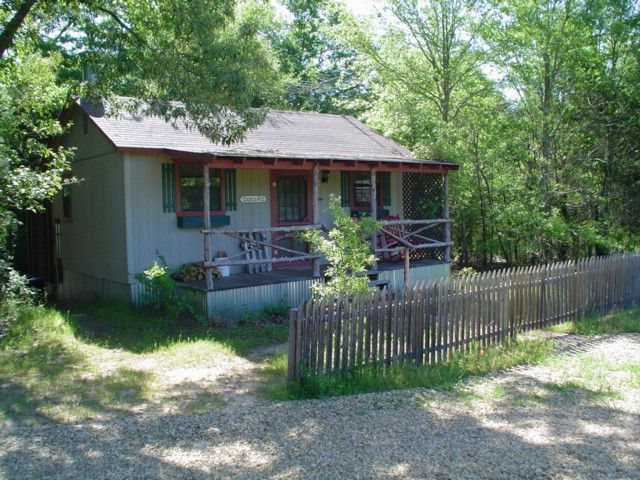 Plum Lake Cabins In East Texas. A Romantic Getaway And A Weekend At Canton  Trade