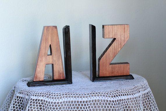 Custom madde A-Z bookends