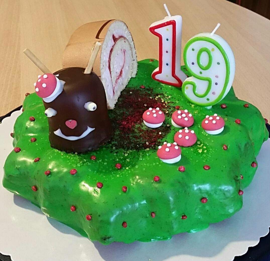 Geburtstagskuchen Fur Meine Tochter Zum 19 Geburtstag Ich Nenne