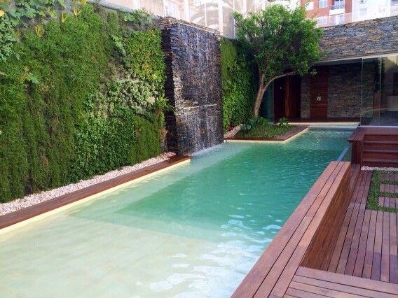 Patios modernos con piscina piscinas modernas argentina for Piscinas naturales argentina
