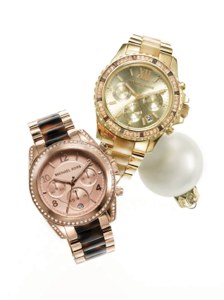 522ce6eca4174 Michael Kors  Watches for the girl who never fails to leave the house  without her