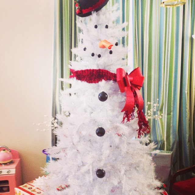 how to make a snowman tree because you need to do this next christmas