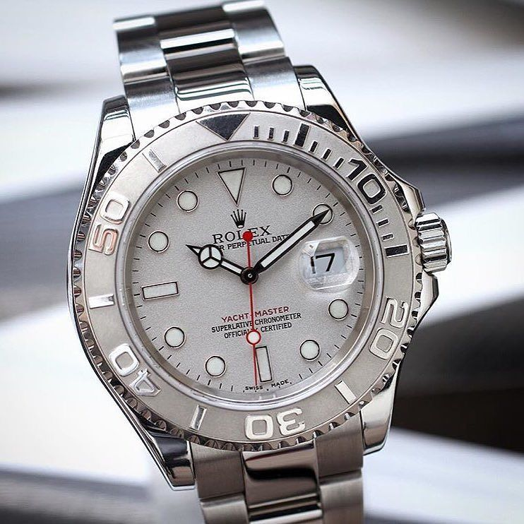 Deportivo  discreto atemporal  elegante y muy exclusivo  fantastic yacht Master 16622 for My followers . Picture for My friend @rolexdiver by rolex.people
